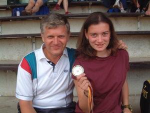03 DM Frauke mit Trainer